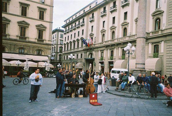Street Muscians.  Bravo!