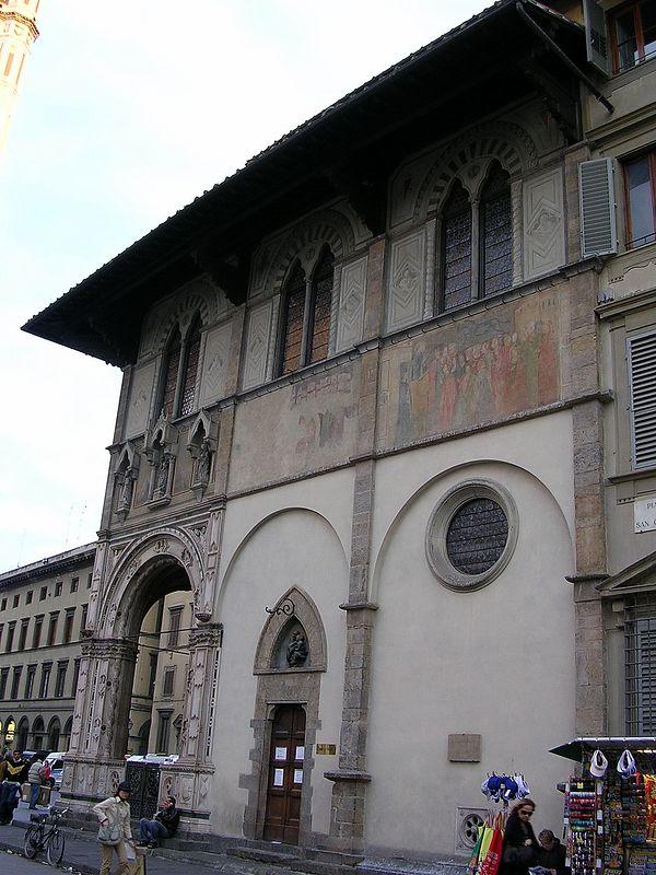 Near the Duomo.