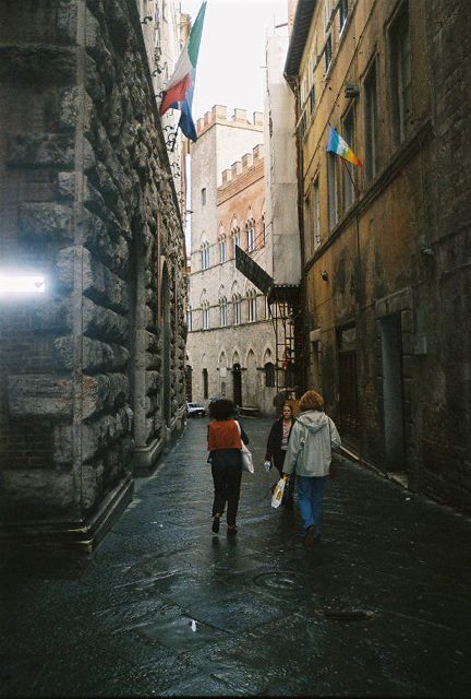 Siena streets.  Imagine driving along these at 10 o'clock in the evening.  We did it......everyday was a wonderful adventure!