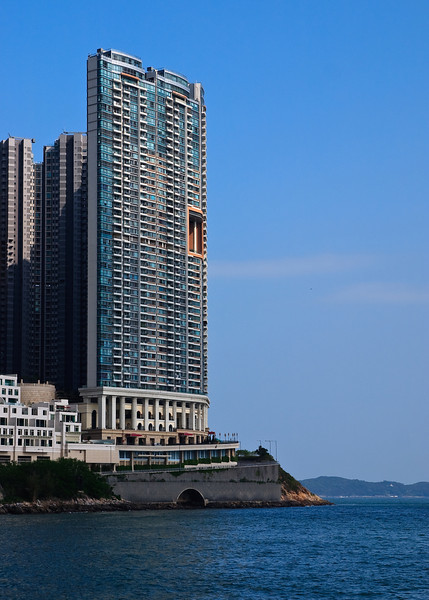 Peak Tower 1 of Residence Bel-air near Cyberport on the Southern part of Hong Kong Island