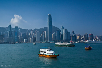 Hong-Kong-Victoria-Harbour-1