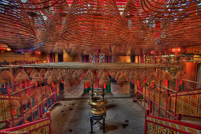 Man-Mo-Temple-Hong-Kong-1
