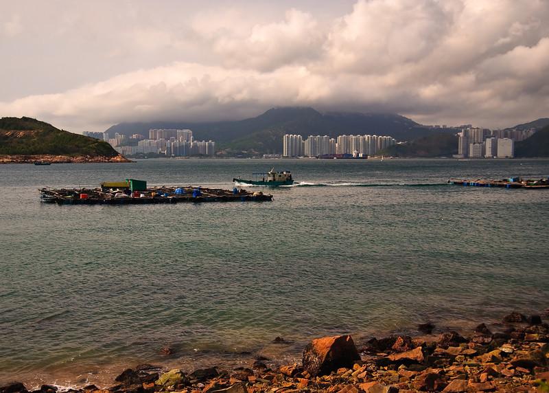 Boats in Picnic Bay near Sok Kwu Wan