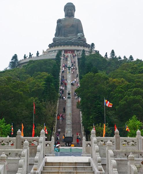 The stairs to the Tian Tan Buddha