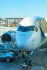 Hong Kong Airlines Airbus A350-900 B-LGC 12-18-17 1