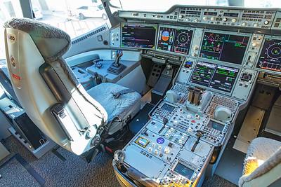 Hong Kong Airlines Airbus A350-900 B-LGC 12-18-17 17
