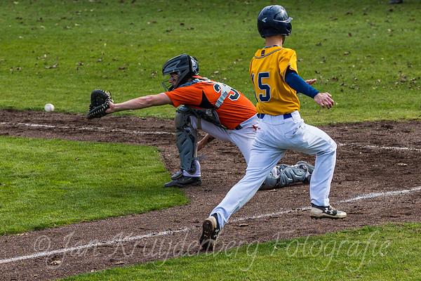 Bears  v HCAW 3 - Dutch baseball 2e division