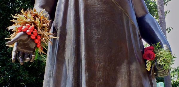 Queen Liliu'okalani Statue 2