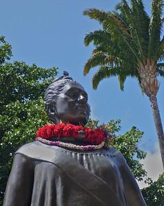 Queen Liliu'okalani Statue 1