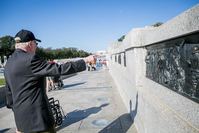 18Sep29 - HFH 1087 WWII Memorial