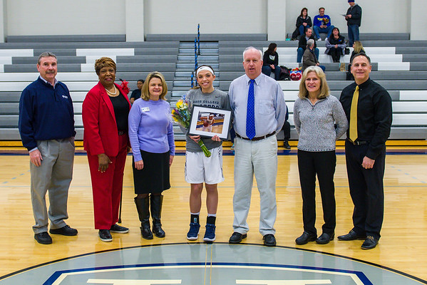Hood_WBB_SeniorDay-2133