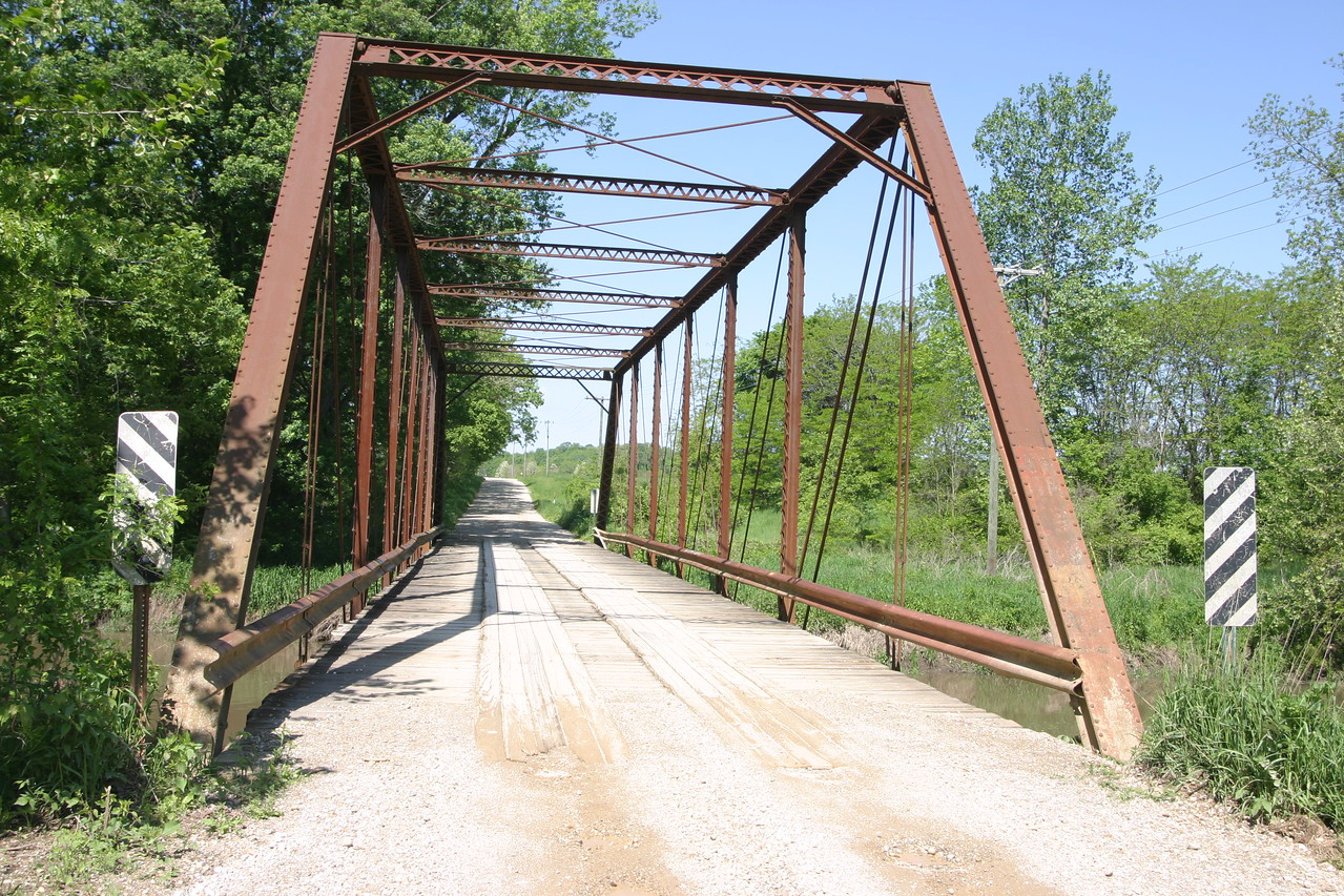 This bridge is located north of I-74, first road west of 41 (Fountain Co?)