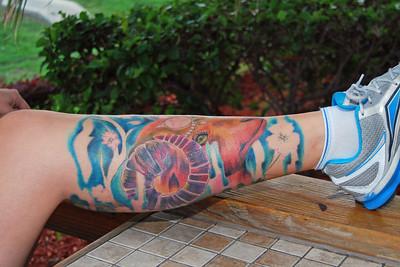 0007 Corey and her tatt at Daytona Beach Hooters