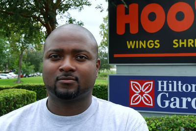 016 Christian at the Hooters of Orlando Airport