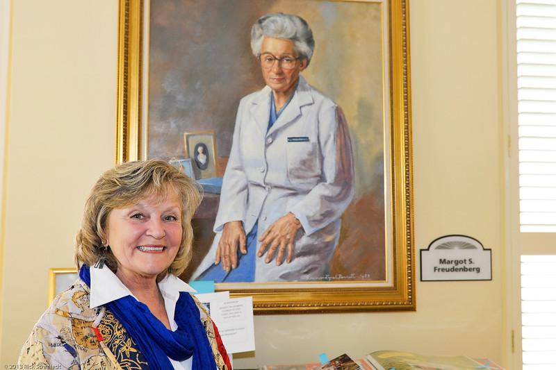 Hope Lodge Charleston Volunteer 2013-106