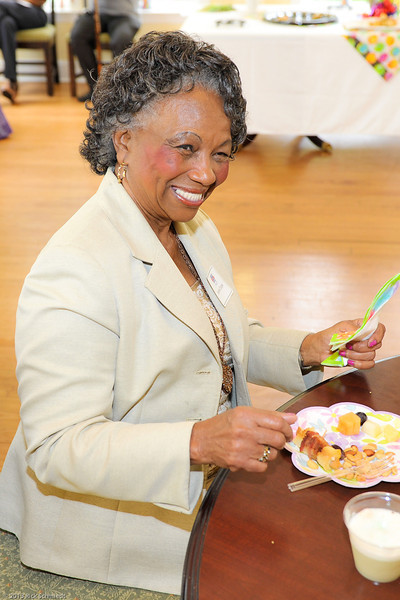 Hope Lodge Charleston Volunteer 2013-116