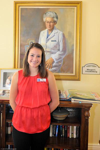 Hope Lodge Charleston Volunteer 2013-109