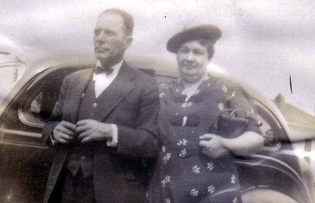 Elmer D. & Emma (Taylor) Hopkins