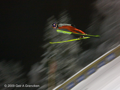 Evening training session in Vikersund K-105