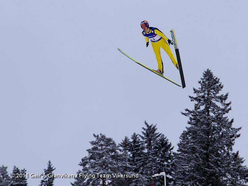 Stian A. Skinnes, Sande Sportsklubb og Flying Team Vikersund, eneste testhopper med lokal tilknytning. Teamet står oppe i et generasjonsskifte, og man har mange unge lovende talenter - men som ikke er gamle nok til å hoppe skiflyging.  <i>One of the test jumpers, Stian Skinnes, Sande Sportsklubb and Flying Team Vikersund</i>