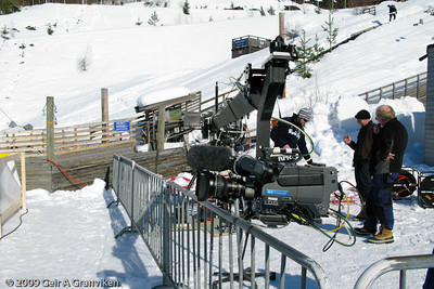 NRK rigging cameras by the nordic combined finish