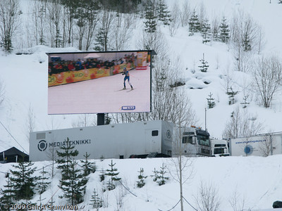 The nordic combined cross country race can be watched on the big screen (Saturday)