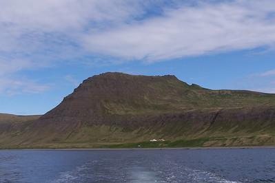 Ystidalur, Miðfell og Miðdalur