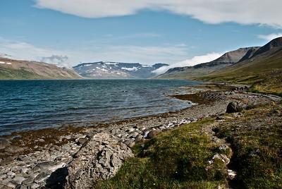 Horft inn Hrafnfjörð