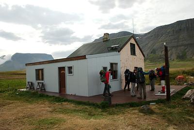 Grunnavík - Sútarabúðir. http://www.grunnavik.is/