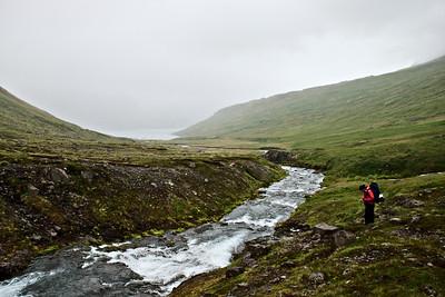 Horft til baka niður að Lónafirði