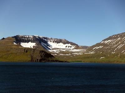Hafnarjall, Einbúi, Rekavík bak Höfn og Atlaskarð