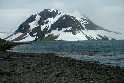Einbúi í Lónafirði