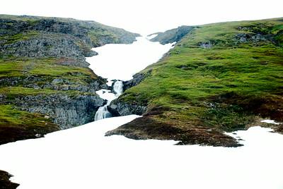 Á Gautastöðum í Lónafirði