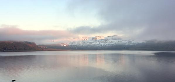 Horft inn í Hornvík