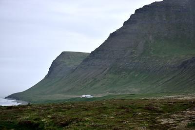 Horn, Miðfell og Hornbæir
