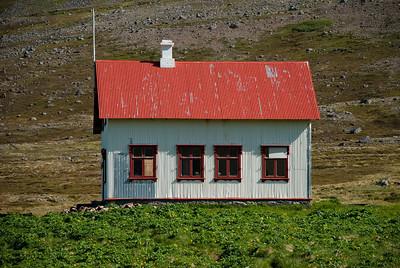 Aðalvík - Staður. Prestbústaðurinn. 2010.
