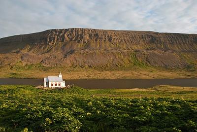 Aðalvík - Staður. Staðarkirkja. 2010. Staðarvatn og Lækjarfjall.