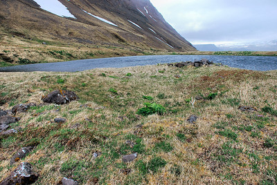 Tóttir á Sauðungseyri