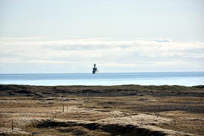 Varðskipið Týr út á Furufirði
