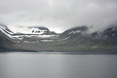 Rekavík bak Höfn og Atlaskarð