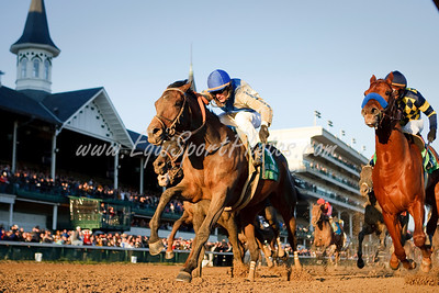 Blame (Arch), Jamie Theriot up, wins the Clark H. at Churchill Downs 11.27.2009mw (EquiSport Photos)
