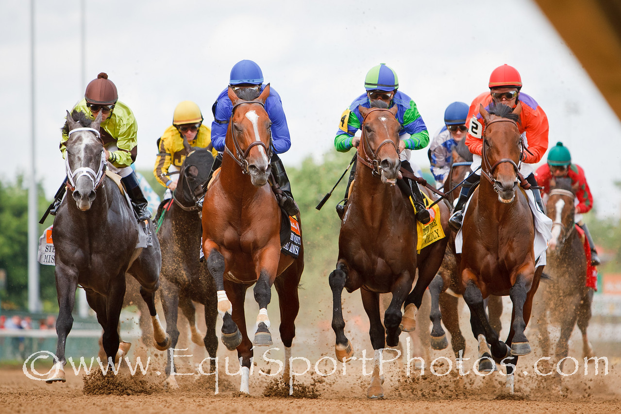 The field comes by the wire for the first time in the Stephen Foster led by Regal Ransom at Churchill 6.18.2011mw