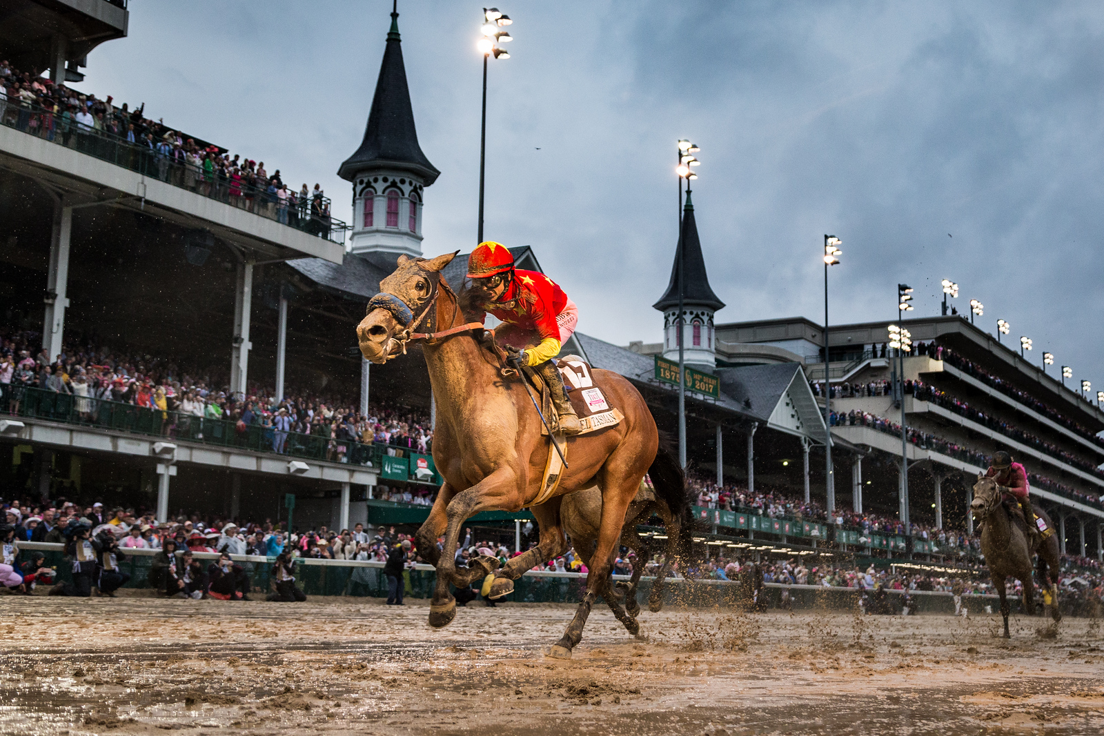 Abel Tasman (Quality Road) wins the Kentucky Oaks at Churchill Downs on 5.5.2017. Mike Smith up, Bob Baffert trainer, China Horse Club and Clearsky Farm owners.
