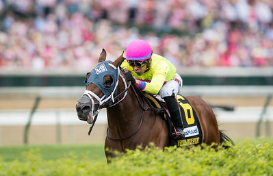 World of Trouble (Kantharos) wins the Twin Spires Turf Sprint (G2) at Churchill Downs on 5.3.2019. Manuel Franco up, Jason Servis trainer, Michael Dubb, Madaket Stables and Bethlehem Stables owners.