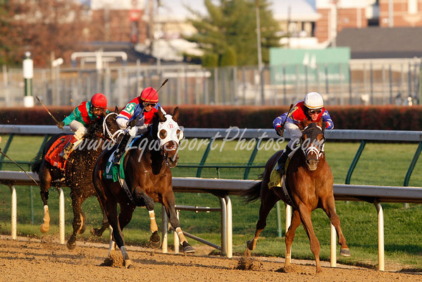 A P Arrow, with Ramon Dominguez, wins the Clark Handicap at Churchill Downs. 11.23.2007