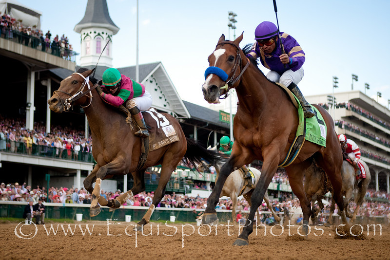 Plum Pretty (Medaglia d'Oro), Martin Garcia up, wins the Kentucky Oaks at Churchill Downs 5.06.2011. Trainer - Bob Baffert, Owner - Peachtree Stable