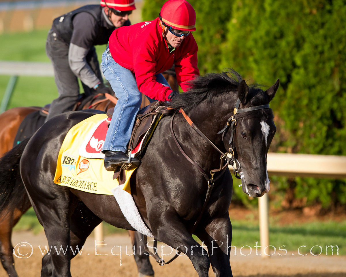 Archarcharch gallops at Churchill Downs 4.28.2011