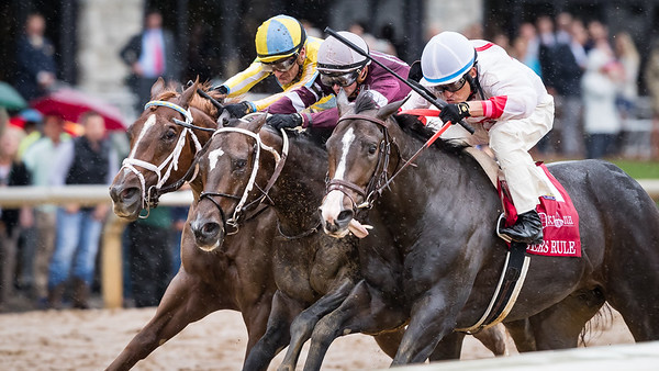 """Flameaway (outside, Scat Daddy) on the outside, wins the Dixiana Bourbon (G3 """"Win and You're In"""") at Keeneland on 10.8.2017.  Julien Leparoux up, Mark Casse trainer, John Oxley owner."""