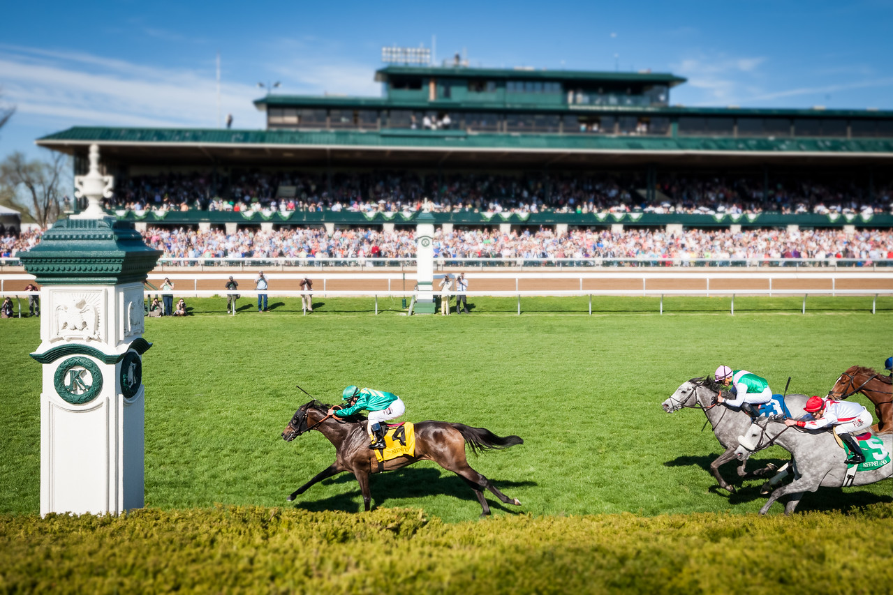 Ball Dancing (Exchange Rate), Javier Castellano up, wins the G1 Jenny Wiley at Keeneland 4.11.15.