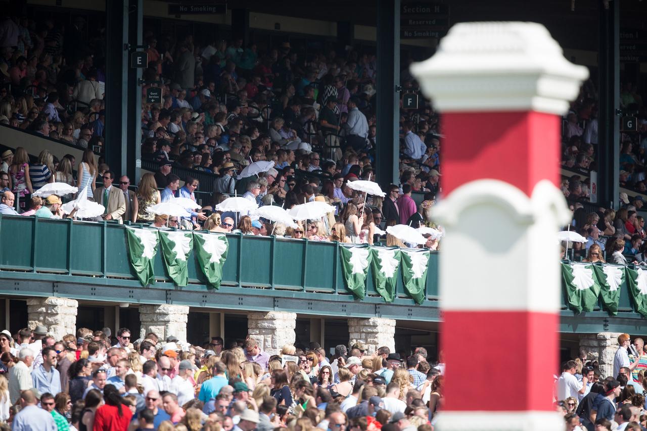 Keeneland crowd on 4.18.2015